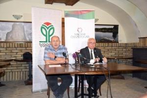 Megkezdte kampányát a Magyar Összefogás