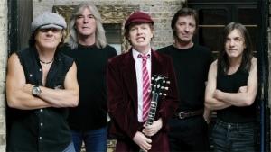 """Újra """"zúz"""" az AC/DC!"""