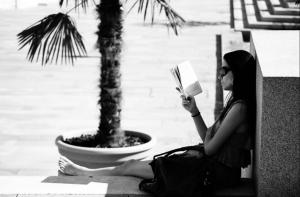 A könyvek sírnak, ha nem olvasod őket. Megríkatnál egy könyvet?