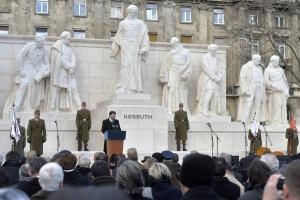 A Kossuth-szoborcsoport ünnepélyes újraavatása Budapesten