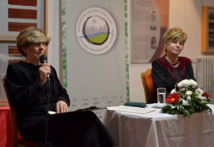 Kudlik Júlia és Szvorák Katalin a szeretet útján