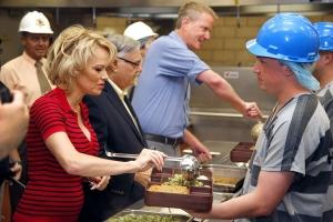 Pamela Anderson börtönlátogatáson