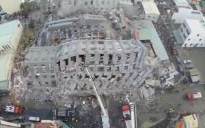 Tajvani földrengés — Nőtt a halottak száma, sokan vannak még a romok alatt