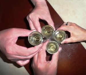 Újévi poharazgatás