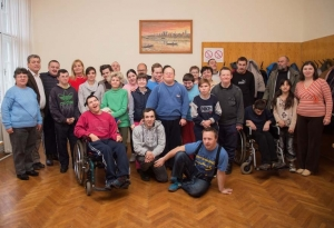 Alkalmi műsor és fogadás a fogyatékkal élők világnapján