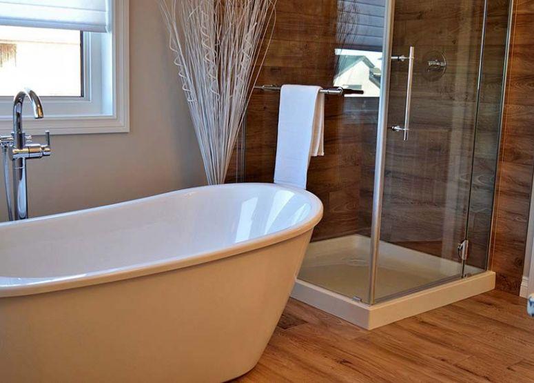 Beépített zuhanyfülke — az alapoktól a stílusig