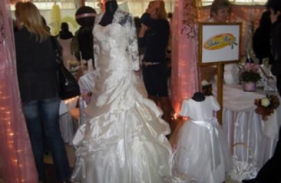 Platformos női esküvői cipő - Sarokmagasság 6 - 9 cm