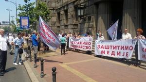 Tiltakozik a SINOS és a PROUNS