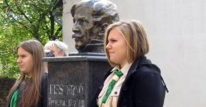 Eleméren felavatták Kiss Ernő szobrát