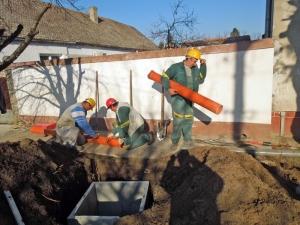 Folyamatban van a háztartások rácsatlakoztatása a szennyvízhálózatra