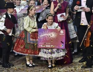 A dusnoki Aprók Gyermek Néptáncegyüttes lett a közönségdíjas