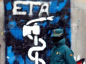 Fegyverletétel Baszkföldön