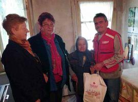 Idősek látogatása és ruhaosztás Muzslyán
