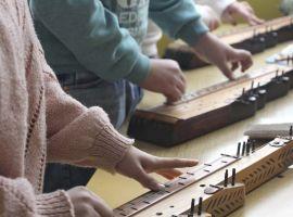 Évadnyitó látogatás a torontálvásárhelyi gyermek-citerazenakar berkeiben