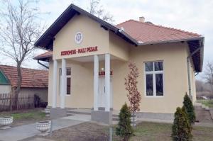 Faluház nyílt Kishomokon