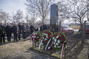 A véres gyertyaszentelő áldozataira emlékeztek Zentán
