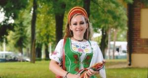 A násznép élén Lenke nőfély