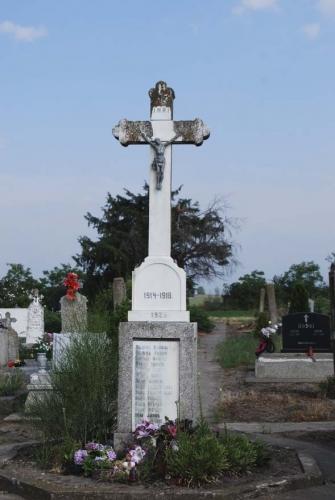 Felújítják az I. világháborús emlékművet Magyarcsernyén
