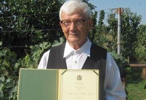 Lele József átvette a Népművészet Mestere díjat