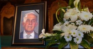Elhunyt Ladóczki Gábor