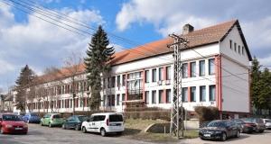 Átadták a bácskossuthfalvi iskola felújított épületszárnyát